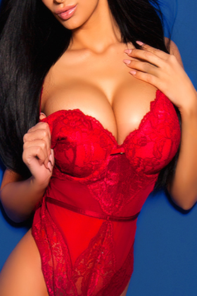 Busty brunette UK Local Escorts