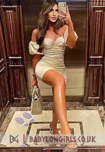 Sophina Italian Model